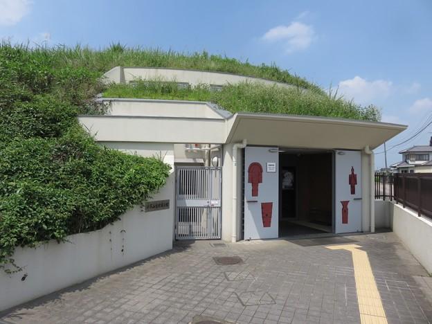 将軍山古墳展示館