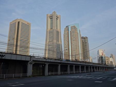 みなとみらいのビル群 (横浜市西区桜木町)