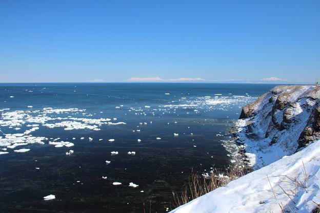 流氷残る能取岬2
