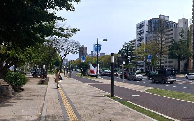 平和大通り 白神社前バス停 G7広島外相会合 懸垂幕バナー 広島市中区小町 ANAクラウンプラザホテル広島前