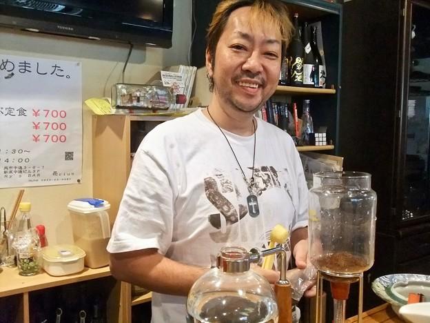 花クラブ 久山良二さん 呉市中通3丁目 2011年10月26日