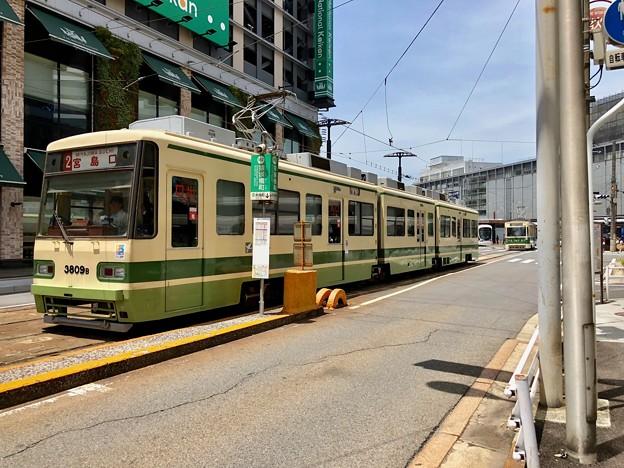 広島電鉄 猿猴橋町電停 3800形 広島市南区猿猴橋町 2018年5月25日