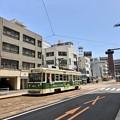 Photos: 広島電鉄 800形 802号 広島市南区猿猴橋町 猿猴橋町電停 2018年5月25日