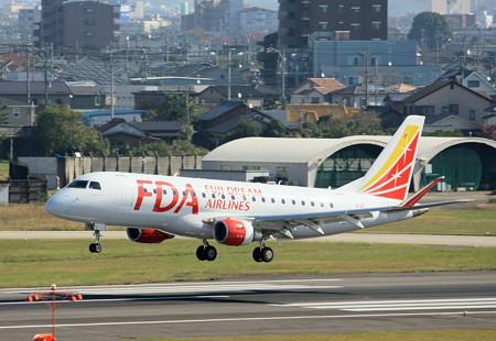 JA12FJ FDA フジドリームエアラインズ ERJ-175 IMG_8204_2