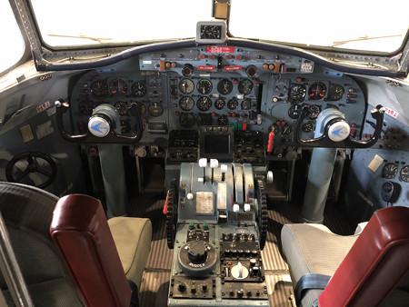 YS-11 航空自衛隊 美保基地 第3輸送航空隊 52-1152 コックピット 41448418751_589c6eed18_k