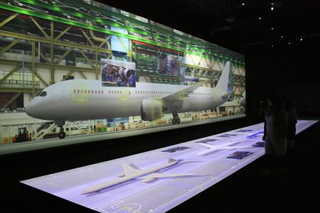 FLIGHT OF DREAMS フライト オブ ドリームズ ボーイングファクトリー プロジェクションマッピング IMG_8578