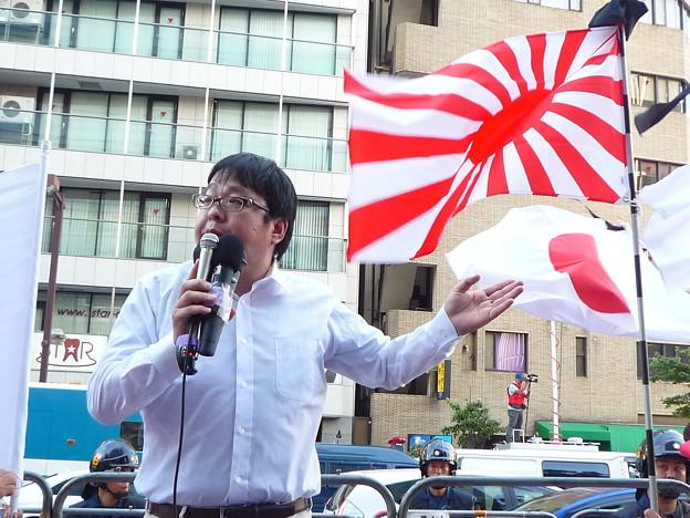 桜井誠さん(テレビ新聞そしてネット上で彼を貶める報道や情報工作が行われていますが、それを行っているのは日本侵略を進める赤い外国政治勢力です。