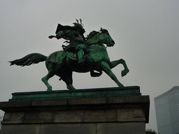 大英雄・楠木正成公 騎馬像
