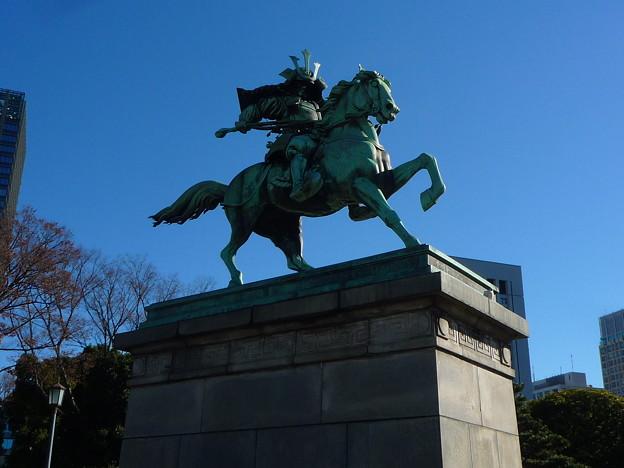 大英雄楠木正成公の銅像