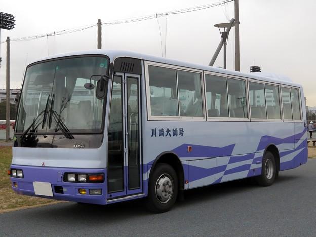 592 川崎市消防局 総務部施設装備課装備係 人員輸送車