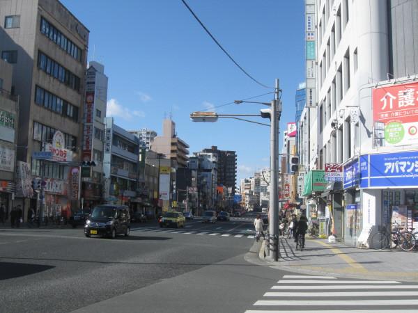 寺田町駅前