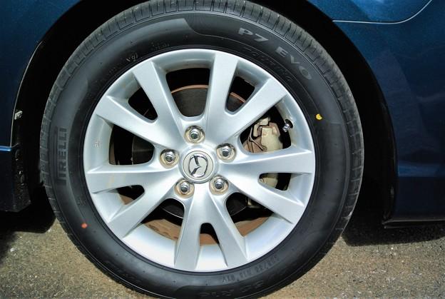 写真: タイヤ交換・愛車(ピレリ―P7)