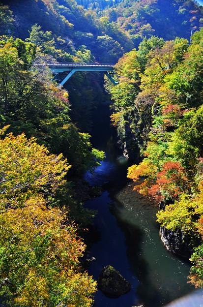 梵字川渓谷の流れ その1