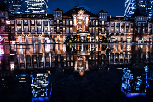 東京駅リフレクション