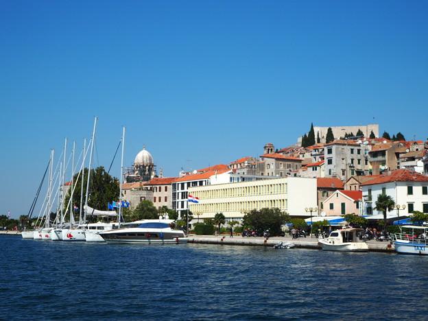 シベニクの港と大聖堂 Harbor & Cathedral in Šibenik