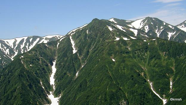 北股岳方面の山々