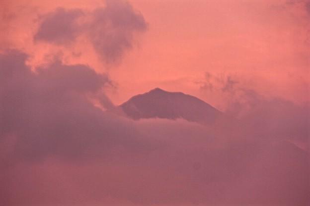 7月27日富士宮市からの夕方富士山~ 意外に焼けましたね!