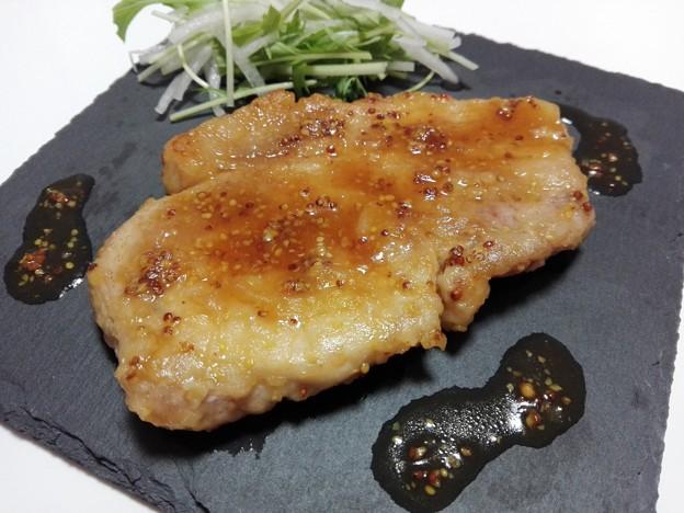 豚肉の粒マスタード焼き