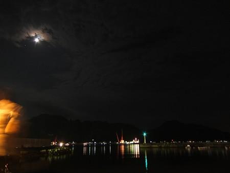 宇和島湾海上打ち上げ花火03