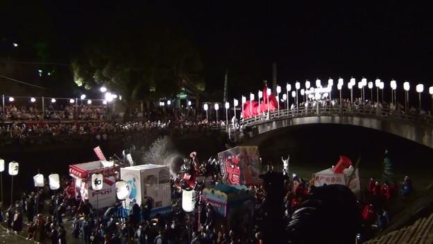 和霊大祭2015 走り込み14 太鼓橋の掛け合い5