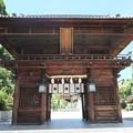 Photos: 椿神社02 楼門―左大臣・右大臣は誰?
