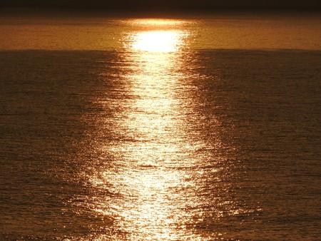 駿河湾の朝日25