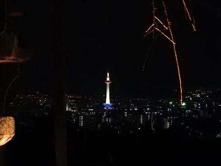 清水寺(夜)06 まさに蝋燭のよう