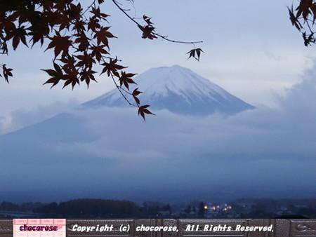 もみじと富士山