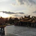 夕暮れの寺院