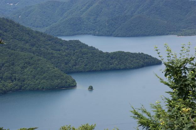 八丁出島と上野島