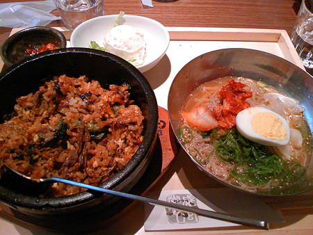 銀座マロニエゲート 韓式料理いふう 石焼ビビンバとミニ冷麺定食