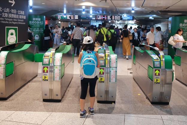 2018.08.05 東京駅 新幹線 改札に姫