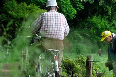 2019.05.12 和泉川 老人と自転車 奥景