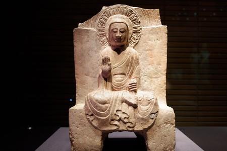 2019.08.20 東京国立博物館 如来坐像 中国 TC-61