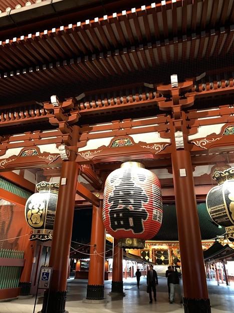 夜の浅草 雷門