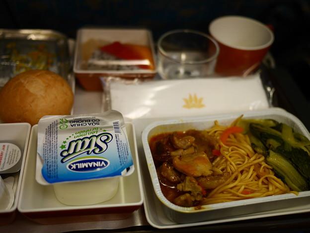 機内食、ホーチミン→関空