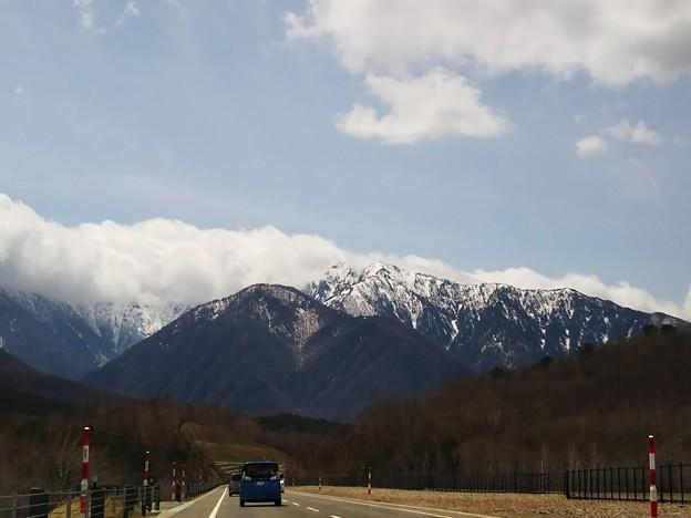 雪山をはるかに