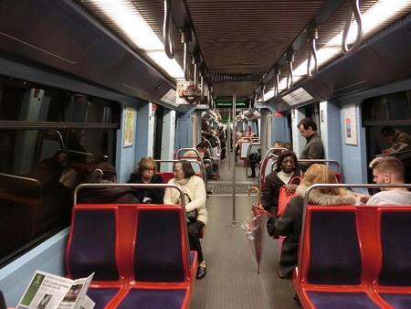160330-57地下鉄
