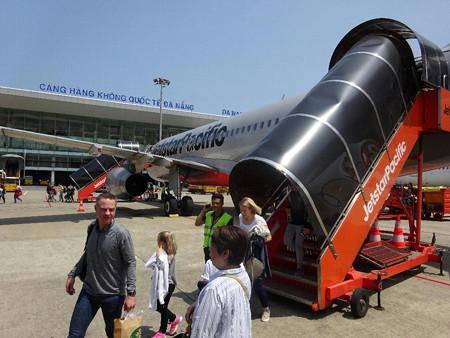 180324-02ダナン空港