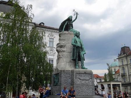 180630-27プレシェーレンの像