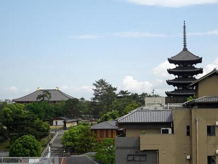 190604-01窓から興福寺