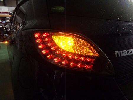 デミオ 埼玉県 リアウインカー2色LED オレンジ