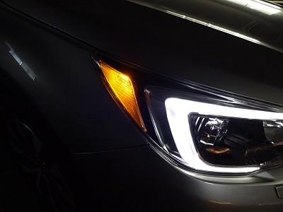 アウトバック ヘッドライト加工後 点灯時