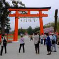 上賀茂神社に入る