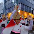 写真: みたか銀座連女踊り