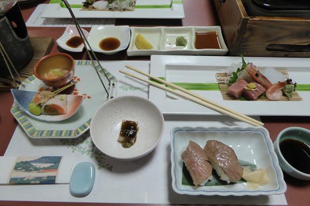 先附前菜造里近江牛あぶり寿司他