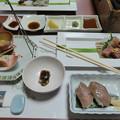 写真: 先附前菜造里近江牛あぶり寿司他
