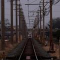写真: 走り去る電車