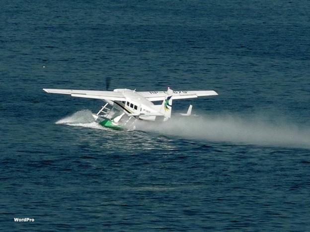 マニラ湾の船舶、水上機