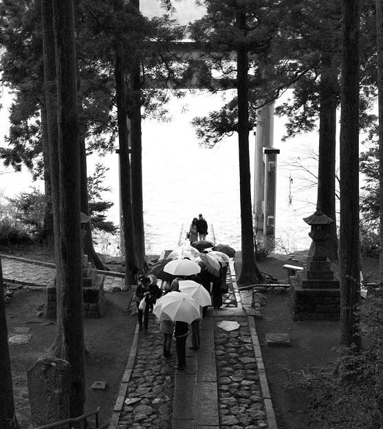 芦ノ湖を背にツーショット♪